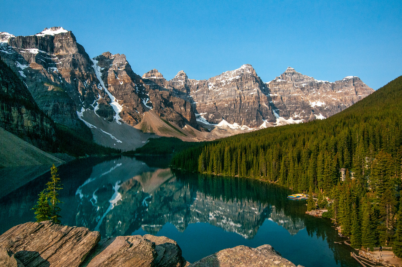 Moraine Lake and the Valley of the Ten Peaks at Banff National Park, Canada