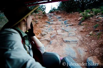 Suzy's Pink Jeep Adventure 4