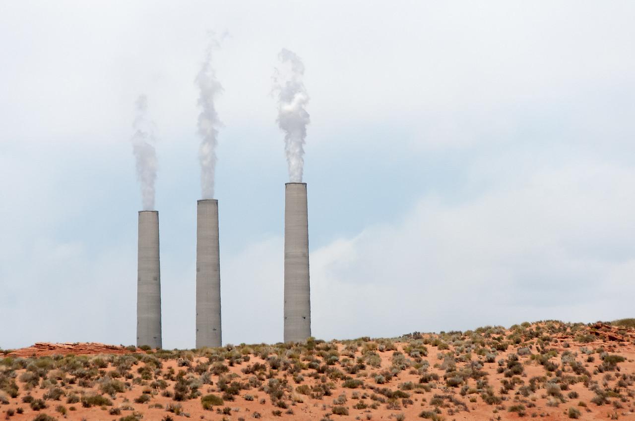 Navajo coal-burning power plant near entrance to Antelope Canyon in Arizona