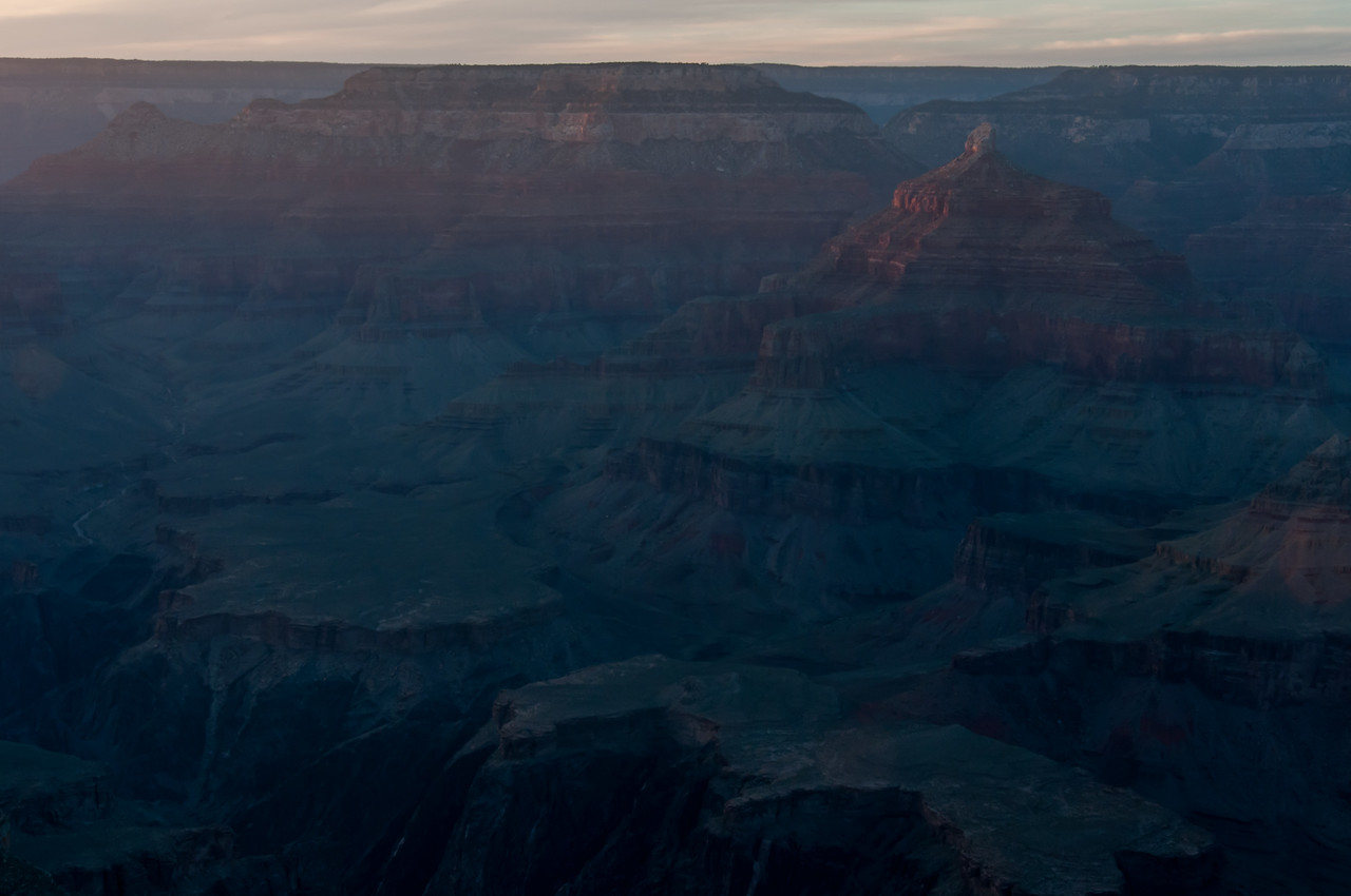 Overlooking view of Grand Canyon in Arizona, USA