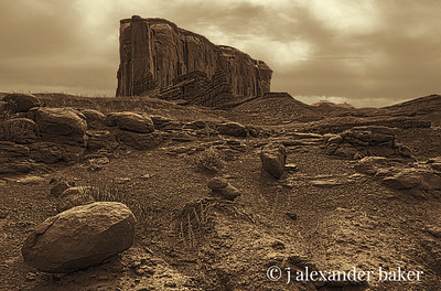 The Elephant and the peanut, Monument Valley, Navajo Nation