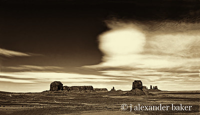 Long View, Monument Valley, Navajo Nation USA