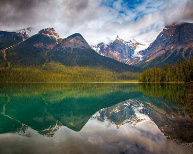 Emerald Lake loop trail