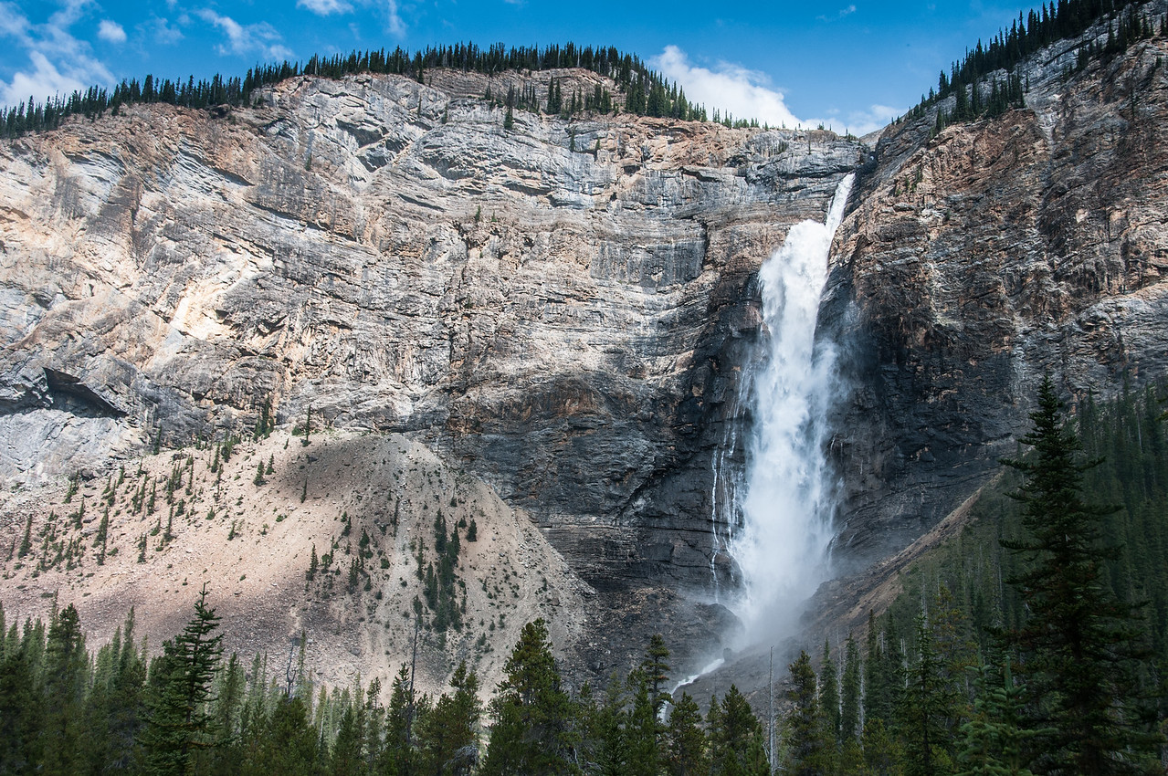 Takakkaw Falls in Yoho National Park, British Columbia, Canada