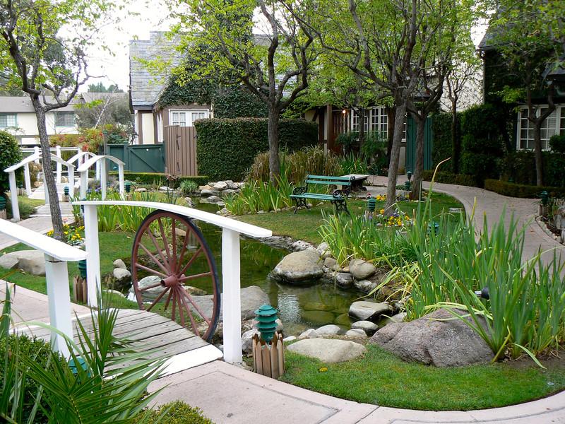 The lovely garden setting at Wine Valley Inn & Cottages in Solvang, CA