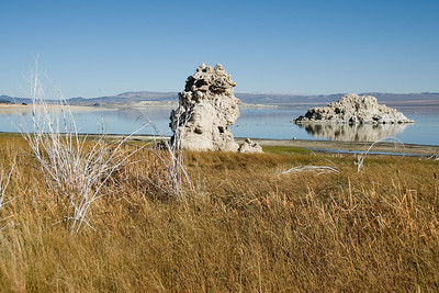 Tufa rock formation in Mono Lake in California