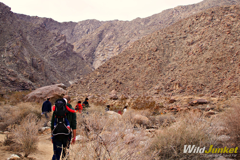 hiking Tahquitz Canyon - quirky palm springs