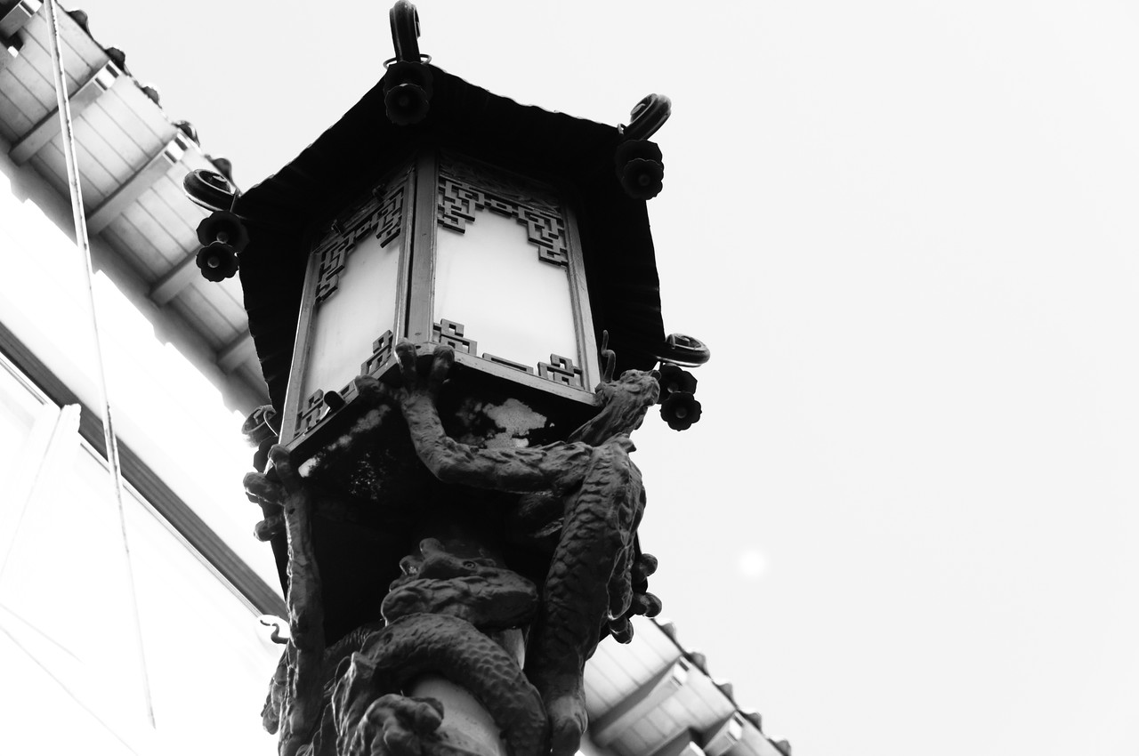 Traditional lamp in Chinatown, San Francisco, California