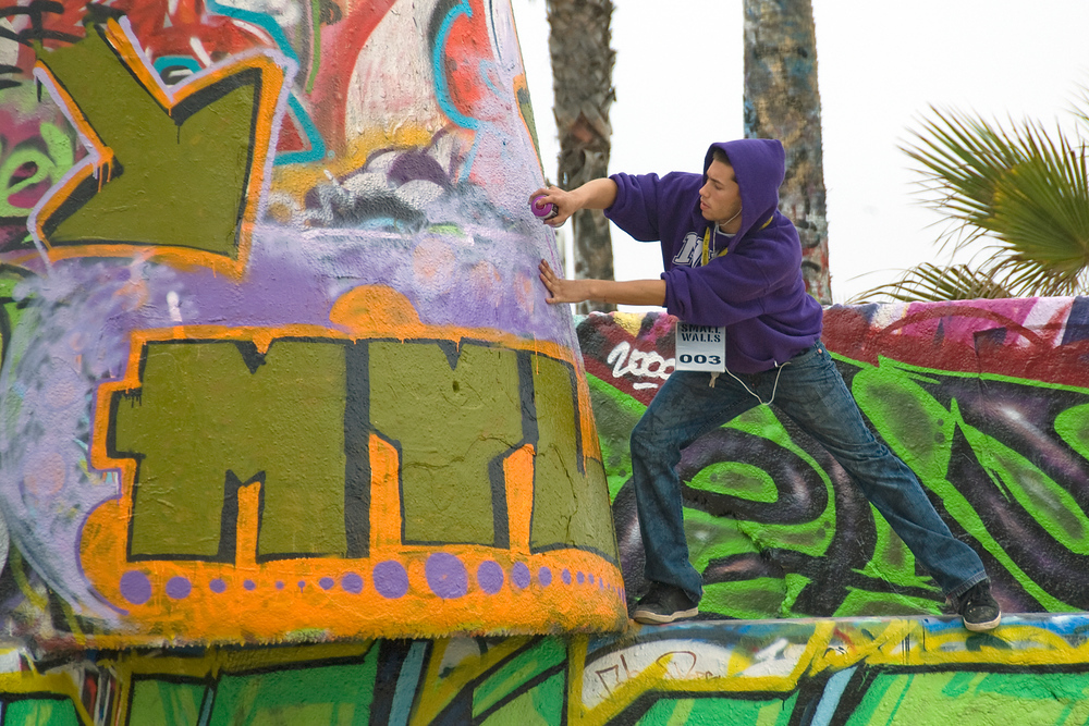 Graffiti artist, Venice Beach, California