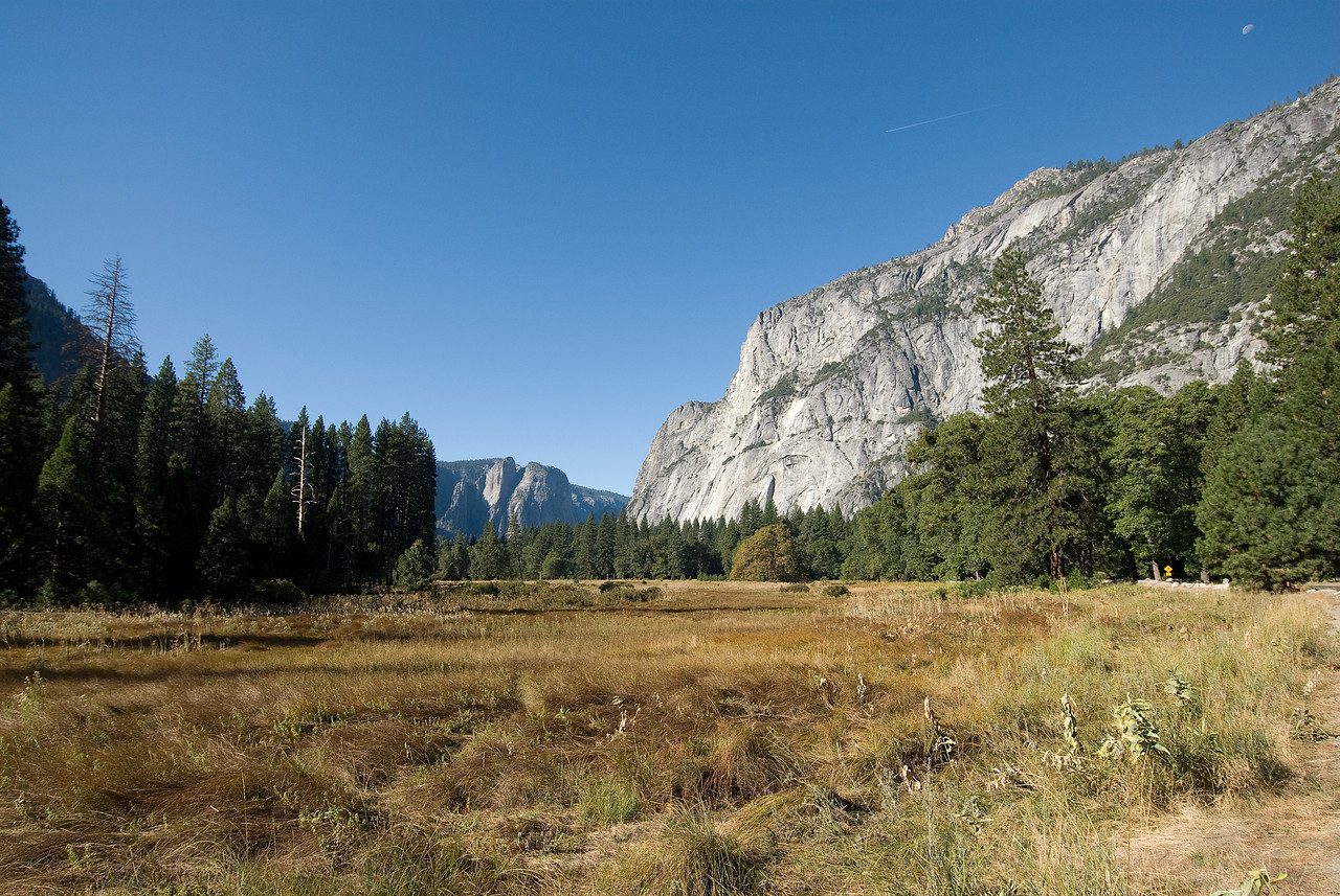 U-Shaped Valley in Yosemite National Park in California