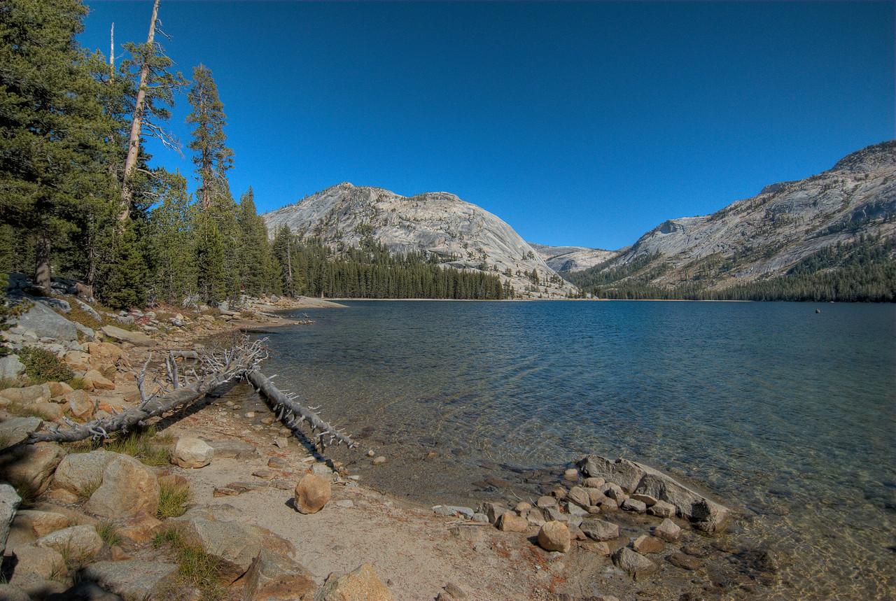 Tenaya Lake in Yosemite National Park in California