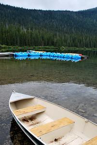 Boats @Cameron Lake