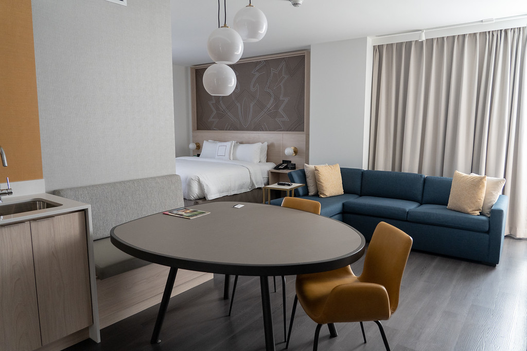 Residence Inn Calgary Downtown room