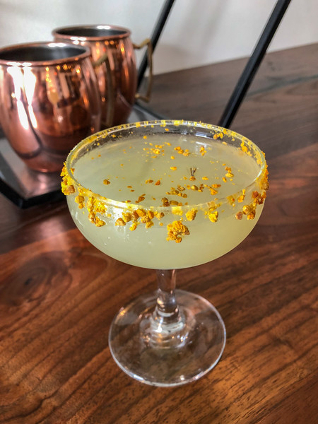 Bee pollen cocktail
