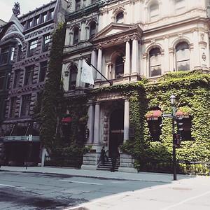 Hotel Le St-James #montrealjetaime