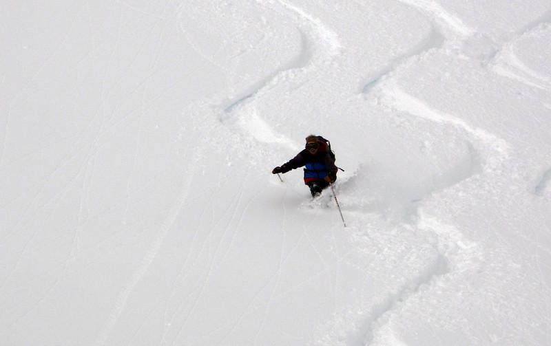 Lynne Grillmair can ski!