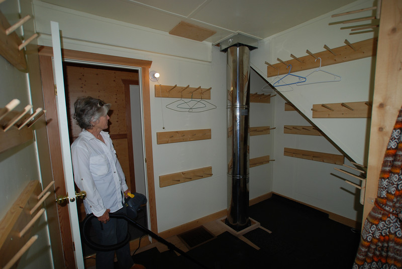 drying room for boots and wet clothes