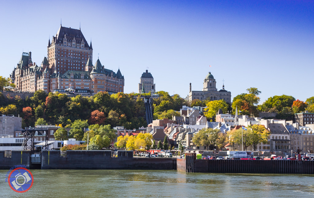 Chateau Frontenec and Quebec City Waterfront (©simon@myeclecticimages.com)