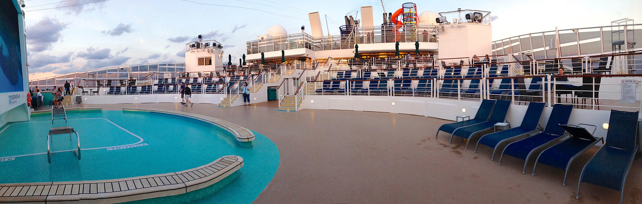 The Spice H2O deck on Norwegian Epic