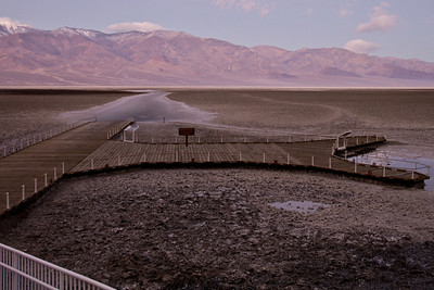 Badwater Basin early the next morning....and it's very cold here!!