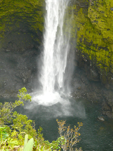 akaka-falls-power-of-water