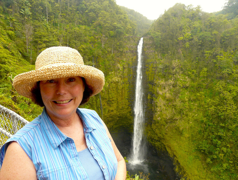 Boomer travel - Hawaii - Visiting the waterfalls in Akaka Falls State Park is a fun boomer travel adventure near Hilo, Hawaii.