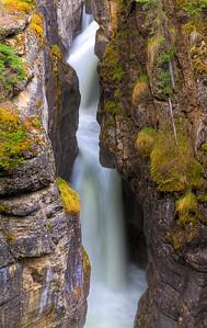 Malign Canyon (99631673)