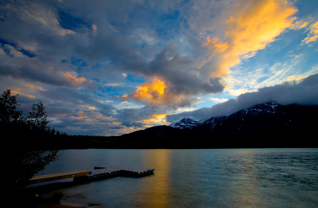 Sunset over Pyramid Lake (99631667)