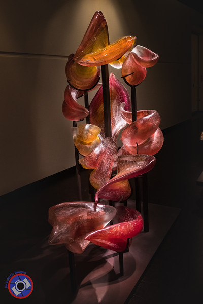Magnificent Glass Sculpture in the Fort Wayne of Art (©simon@myeclecticimages.com)