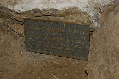 Plaque honoring students of Western Kentucky State Teachers College - Mammoth Cave, Kentucky