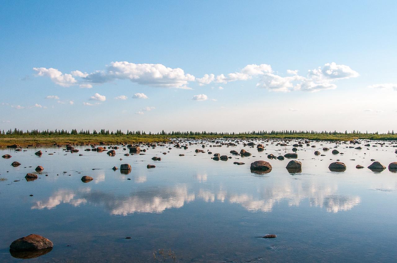 Rocky Hudson Bay in Manitoba, Canada