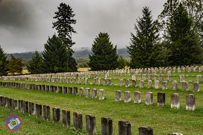 Graveyard at Antietam (©simon@myeclecticimages.com)
