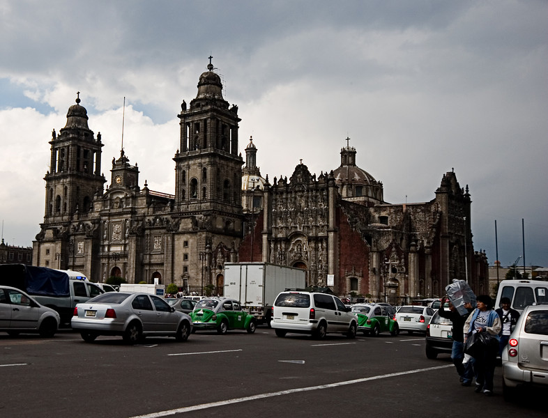 <center>Main Cathedral   <br><br>Mexico City, Mexico    </center>