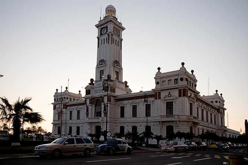 <center>Veracruz Lighthouse   <br><br>Veracruz, Mexico    </center>