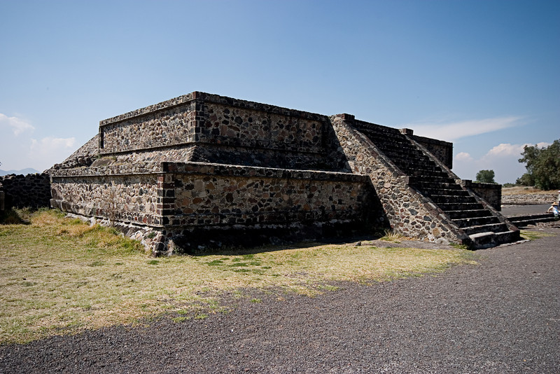 <center>Small Platform   <br><br>Teotihuacan, Mexico    </center>