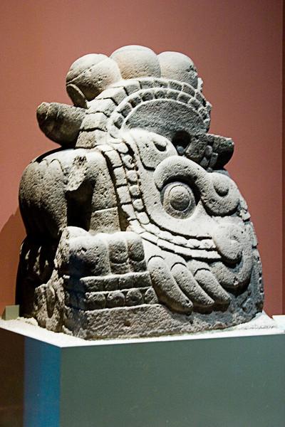 <center>Statues   <br><br>Mexico City, Mexico    </center>