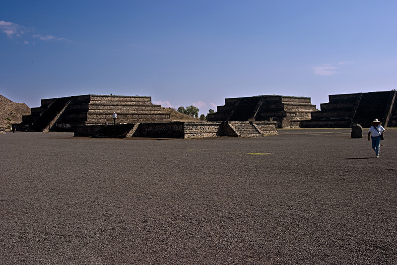 <center>Temple Complex   <br><br>Teotihuacan, Mexico    </center>