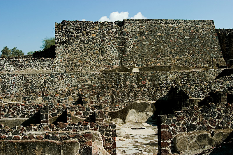 <center>Palace of the Jaguar   <br><br>Teotihuacan, Mexico    </center>