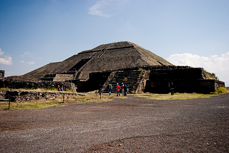 <center>Distant Temple   <br><br>Teotihuacan, Mexico    </center>
