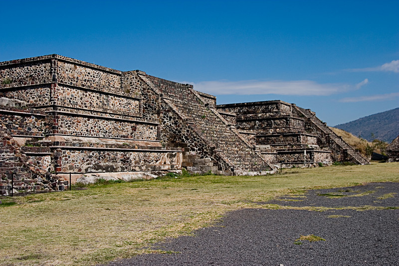 <center>Avenue of the Dead   <br><br>Teotihuacan, Mexico    </center>