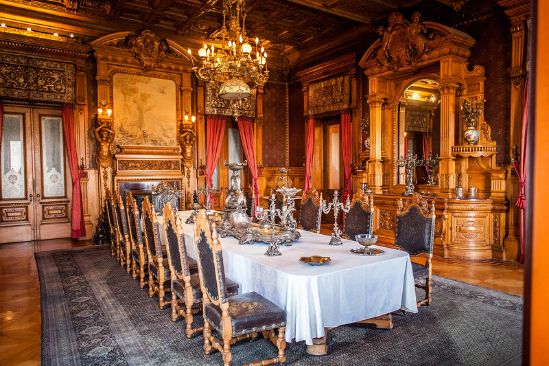 Dining Room - Castillo