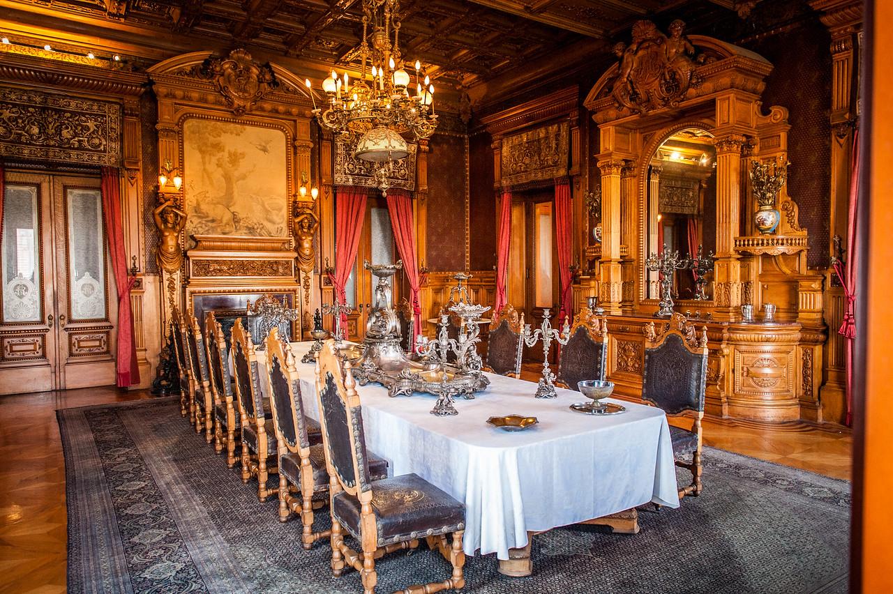 Dining Room - Castillo