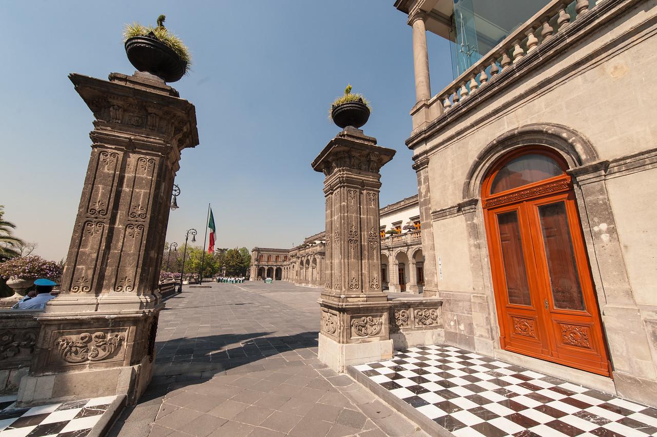 Gates to Castillo Chapultepec