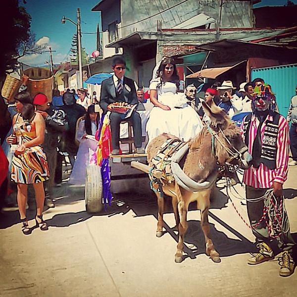 Transvestite wedding party - San Martin Tilcajete #mardigras #carnival #carnaval