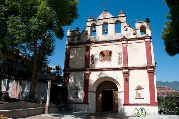La iglesia de San Cristóbal Mártir - San Cristobal de las Casas, Mexico