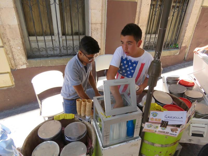 Dondurma - Guanajuato Sokağı Yemek Turu - Guanajuato, Meksika