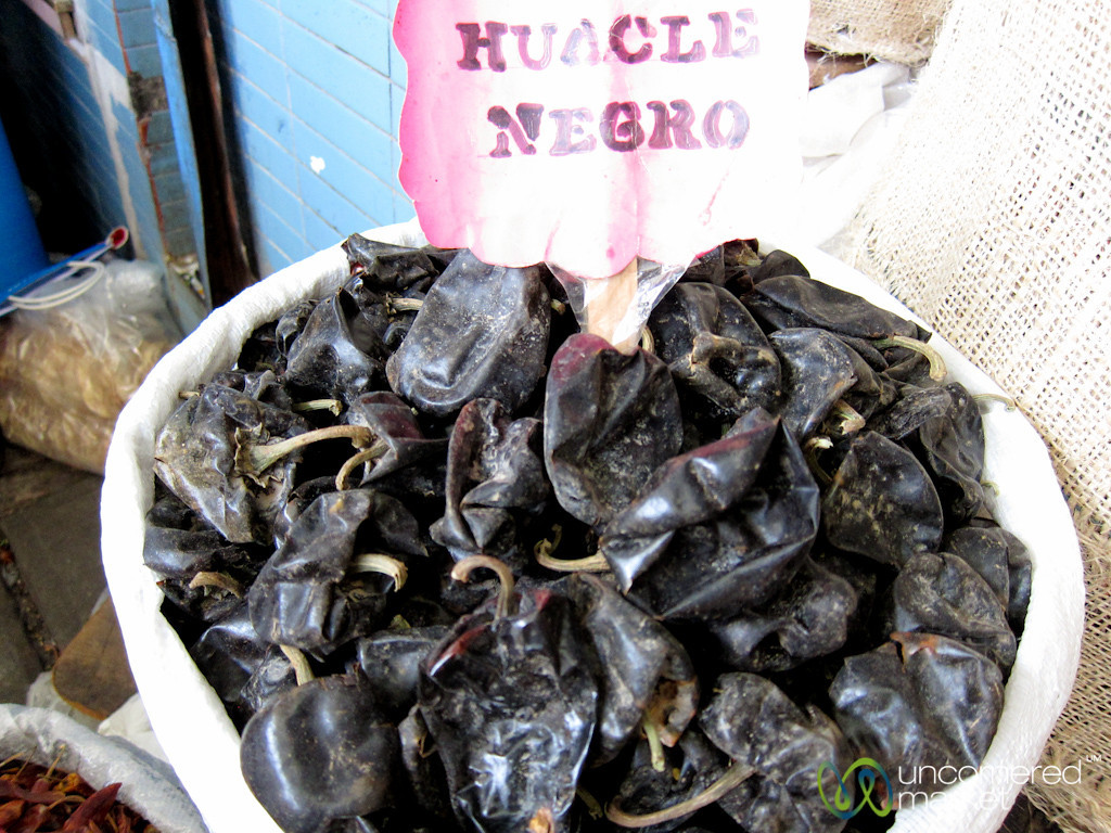 Huacle Negro Chili Peppers - Oaxaca, Mexico