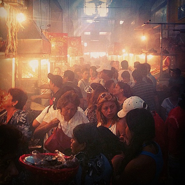Barbecue alley in mid-day frenzy. Pick your veggies, meat, sauces & choose grill. #Oaxaca