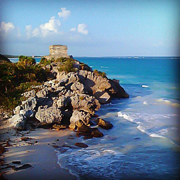 Tulun Mayan ruins & white sand beach. Perfect combination. #WeVisitMexico #RivieraMaya