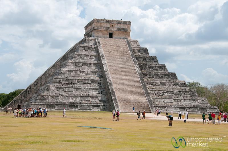 El Castillo, Chichen Itza - Riviera Maya, Mexico